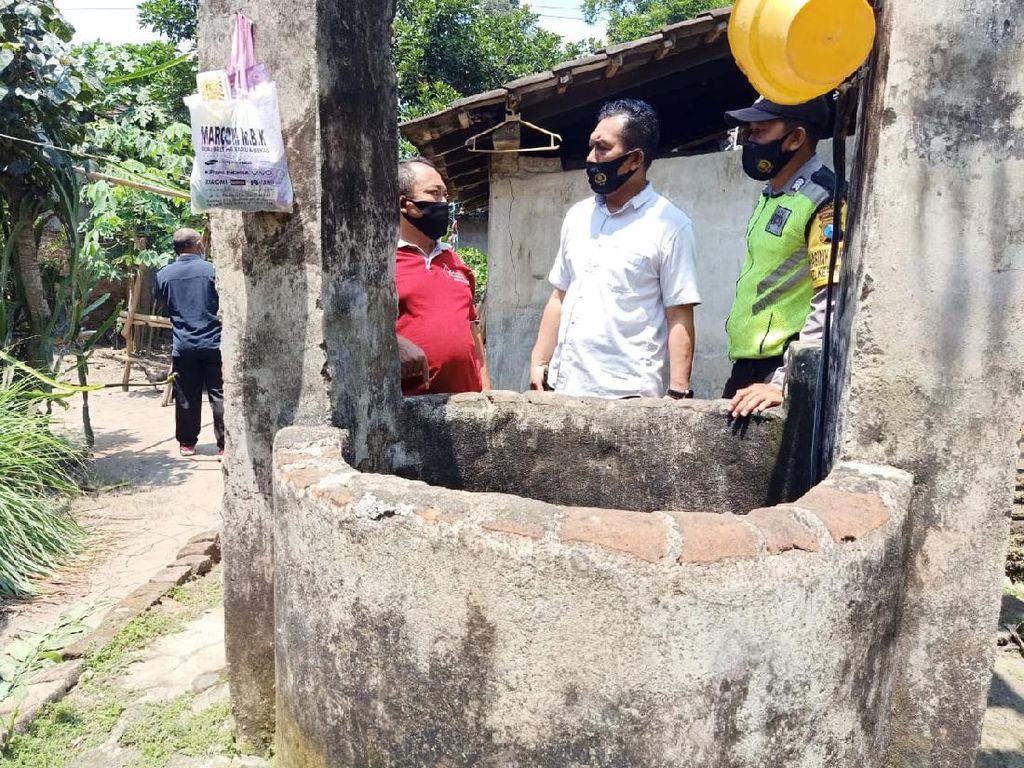 Pria di Blitar Jatuh ke Sumur Karena Lemas Bolak-balik Buang Air Besar