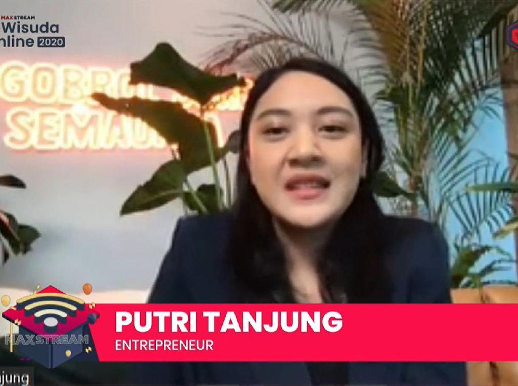 Ke Wisudawan, Putri Tanjung: Young Generation Punya Power Luar Biasa