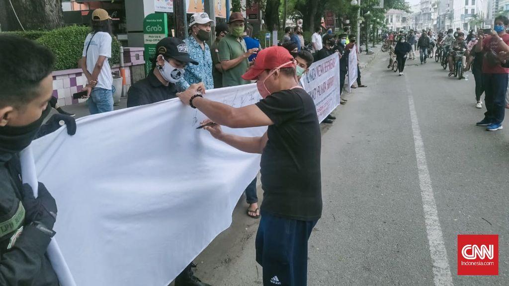 Gerakan Nasional Pengawal Fatwa (GNPF) Sumut menggalang dukungan dari masyarakat agar Pilkada Medan ditunda di tengah Pandemi Covid-19. Pasalnya jika Pilkada Medan tetap digelar dikhawatirkan menjadi cluster baru penularan virus Corona.