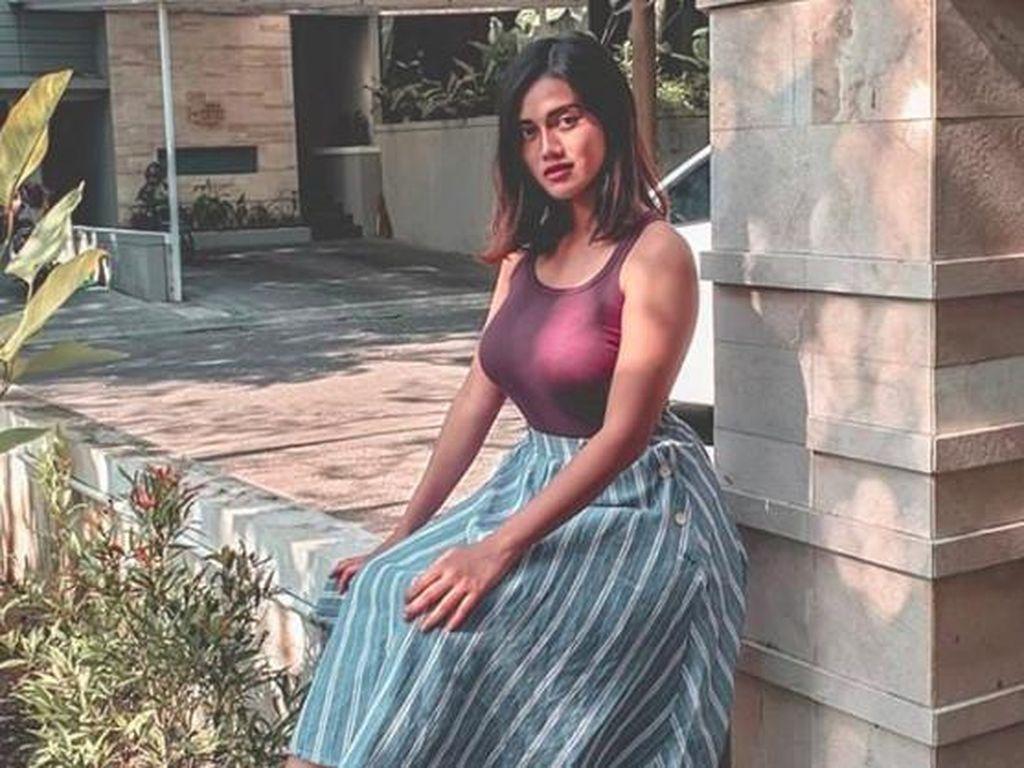 Selebgram Jess Amalia yang Nggak Kalah Seksi
