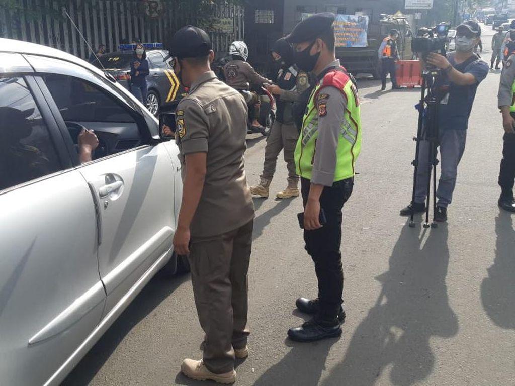 Polisi: Wisatawan ke Puncak Bogor Turun 80 Persen, Pengaruh PSBB Jakarta