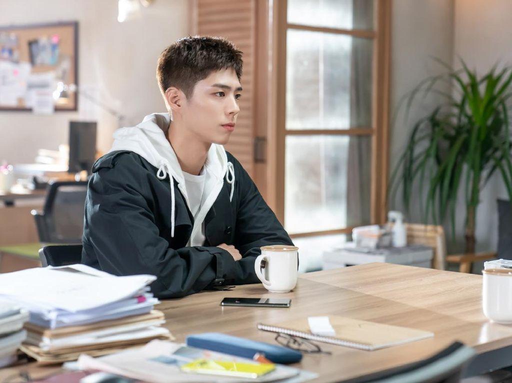 Park Bo Gum Hadapi Hal Tak Terduga di Episode Baru Record of Youth