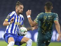 Diincar Man United, Bek Porto Ini Bilang Apa?
