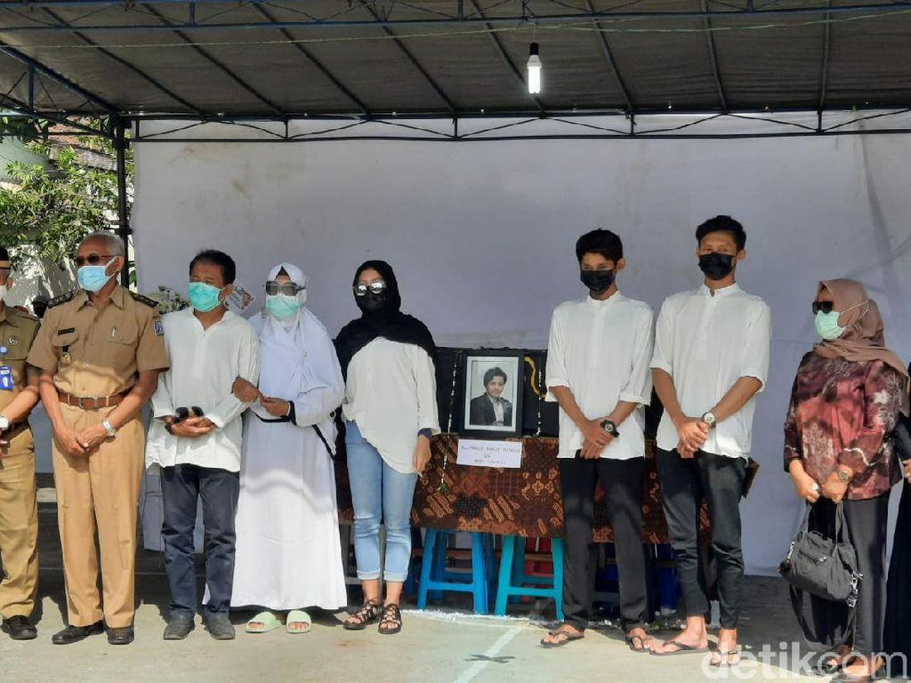 Bupati Sleman Ikut Hadiri Pemakaman Rinaldi Korban Mutilasi
