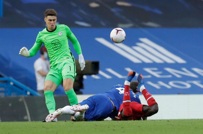 LONDON, ENGLAND - SEPTEMBER 20: Andreas Christensen of Chelsea fouls Sadio Mane of Liverpool, which after a VAR review leads to Andreas Christensen of Chelsea receiving a straight red card during the Premier League match between Chelsea and Liverpool at Stamford Bridge on September 20, 2020 in London, England. (Photo by Matt Dunham - Pool/Getty Images)