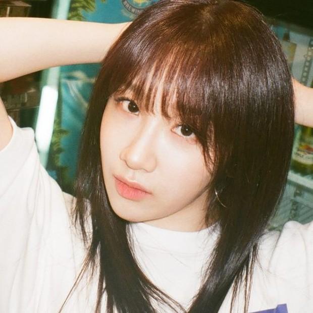 Banyak netizen menyayangkan betap tidak beruntungnya perjalanan karir Euna Kim.