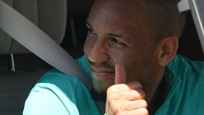 Liverpools Brazilian midfielder Fabinho leaves Melwood in Liverpool, north west England after training on May 20, 2020, as training resumes after the Premier League was halted due to the COVID-19 pandemic. (Photo by Paul ELLIS / AFP)