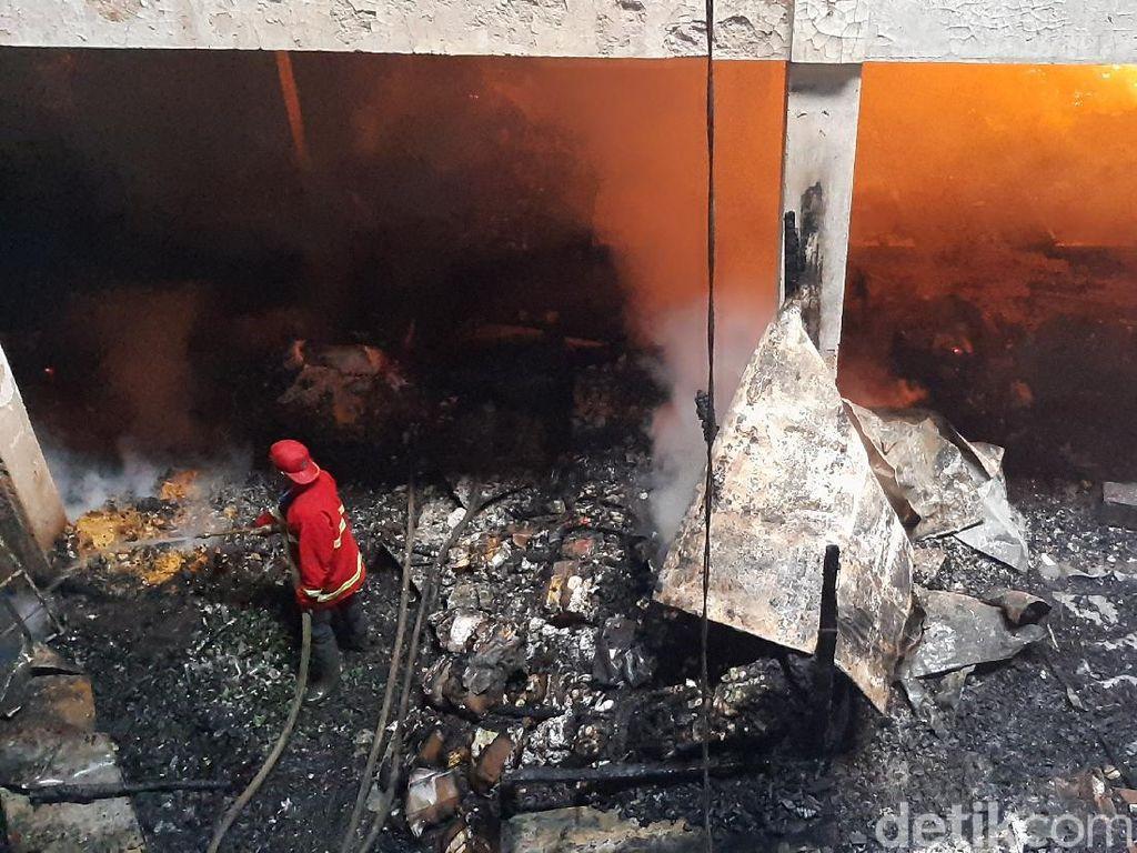 Pasar Wage Purwokerto Terbakar