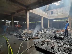 Kebakaran Pasar Wage Purwokerto Padam, Api Hanguskan 2 Lantai