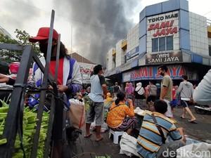 Pasar Wage Purwokerto Dilalap Si Jago Merah, 100 Kios-Los Terbakar