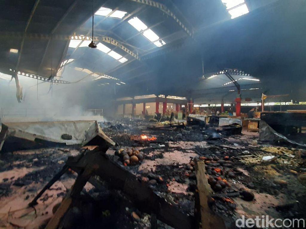 Polisi: Kebakaran Pasar Wage Purwokerto Berawal dari Blok Pedagang Minyak