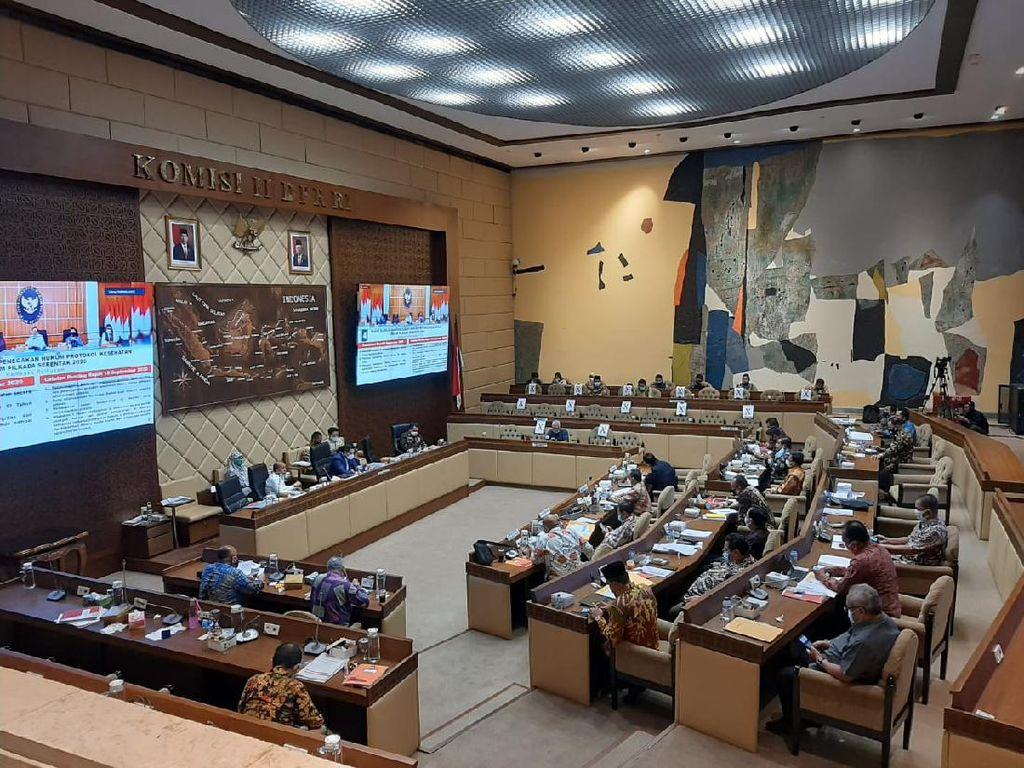 Komisi II DPR Minta KPU Segera Revisi PKPU Pilkada 2020: Larang Konser Musik!