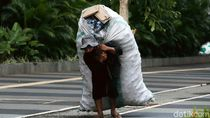 Potret Kehidupan Pemulung di Tengah Pandemi