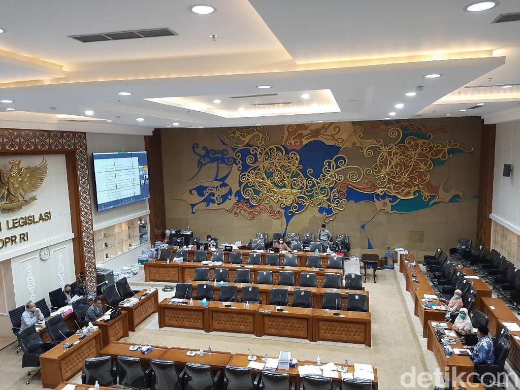 Baleg DPR Lanjutkan Harmonisasi RUU Ketahanan Keluarga Pagi Ini