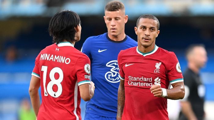 LONDON, ENGLAND - SEPTEMBER 20: Thiago Alcantara of Liverpool looks on after the Premier League match between Chelsea and Liverpool at Stamford Bridge on September 20, 2020 in London, England. (Photo by Michael Regan/Getty Images)