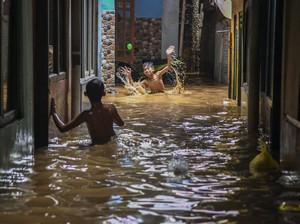 Potensi Banjir Hantui Warga DKI di Tengah Pandemi