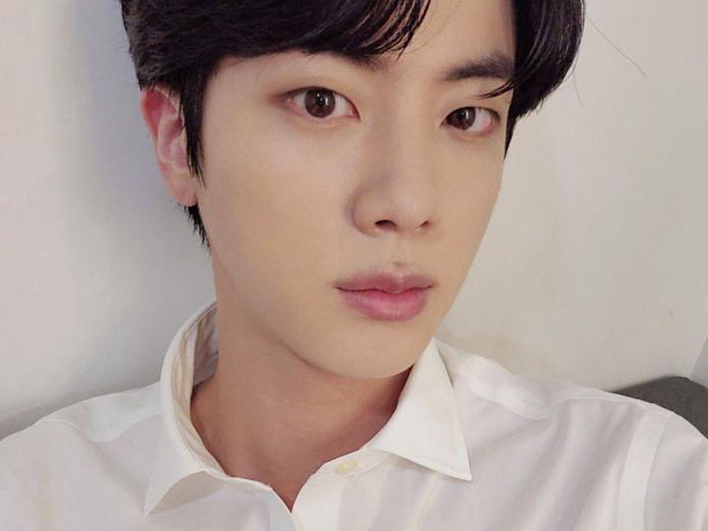 Jin BTS soal Wajib Militer: Semua Member akan Pergi Wamil!