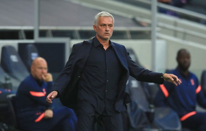 LONDON, ENGLAND - SEPTEMBER 13: Jose Mourinho, Manager of Tottenham Hotspur reacts during the Premier League match between Tottenham Hotspur and Everton at Tottenham Hotspur Stadium on September 13, 2020 in London, England. (Photo by Adam Davy - Pool/Getty Images)