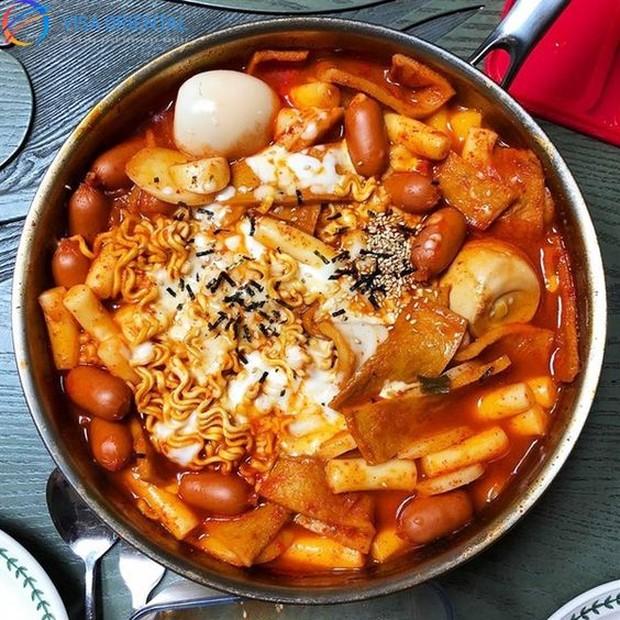 Makanan yang dianggap cemilan ini pernah mengakibatkan Chanmi AOA tidak lulus tes berat badan.