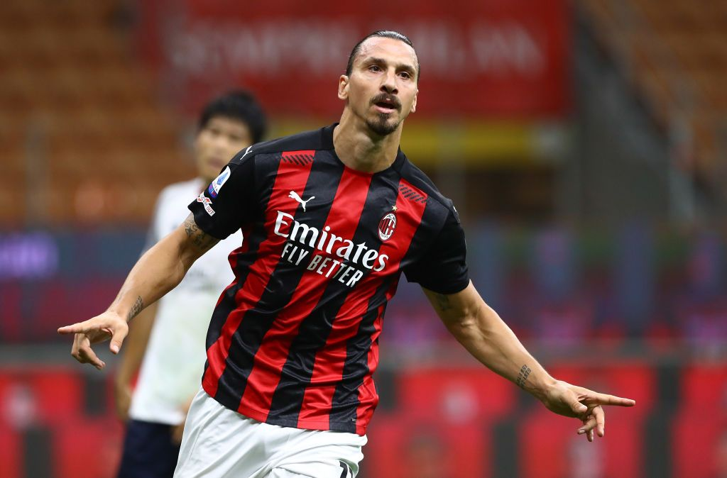 MILAN, ITALY - SEPTEMBER 21:  Zlatan Ibrahimovic of AC Milan celebrates after scoring the opening goal during the Serie A match between AC Milan and Bologna FC at Stadio Giuseppe Meazza on September 21, 2020 in Milan, Italy.  (Photo by Marco Luzzani/Getty Images)
