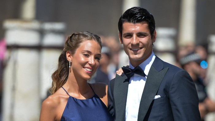 SEVILLE, SPAIN - JUNE 15: Alvaro Morata and wife Alice Campello attend the wedding of real Madrid football player Sergio Ramos and Tv presenter Pilar Rubio at Sevilles Cathedral on June 15, 2019 in Seville, Spain. (Photo by Aitor Alcalde/Getty Images)