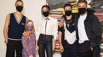 Victoria Beckham Gelar Fashion Show Lagi, Hanya Dihadiri Keluarga