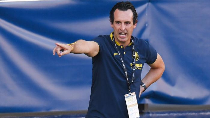 VILLAREAL, SPAIN - SEPTEMBER 13: Head coach Unai Emery of Villarreal CF reacts during the La Liga match between Villarreal CF and SD Huesca at Estadio de la Ceramica on September 13, 2020 in Villareal, Spain. (Photo by Alex Caparros/Getty Images)