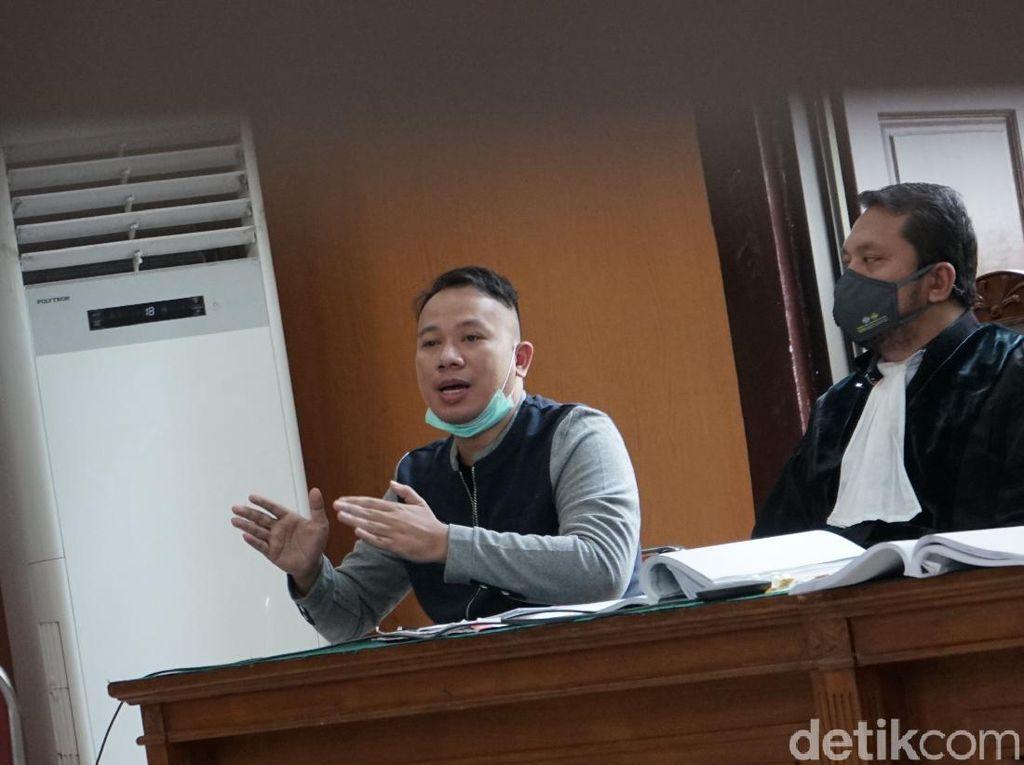 Saksi Angel Lelga Tak Hadir, Vicky Prasetyo Khawatirkan Nasibnya