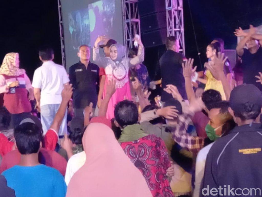 Heboh Pejabat Kena Dampak Acara HRS, Melihat Lagi Dangdutan Waket DPRD Tegal