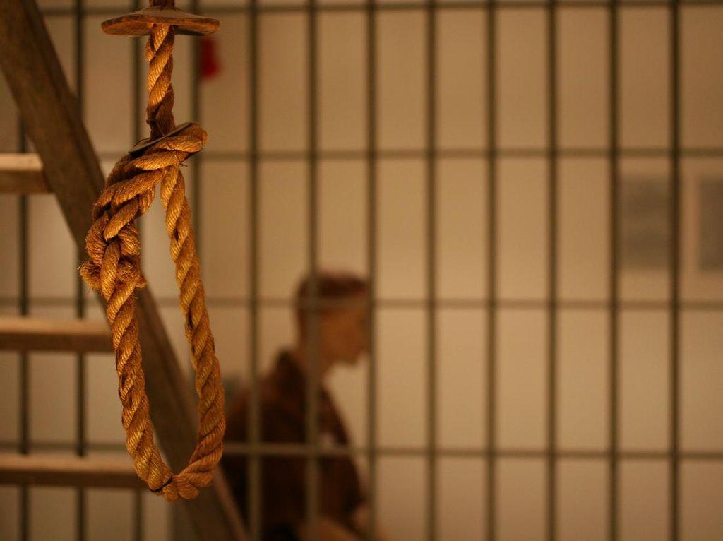 Sudah Meninggal, Napi Perempuan Iran Tetap Dihukum Gantung