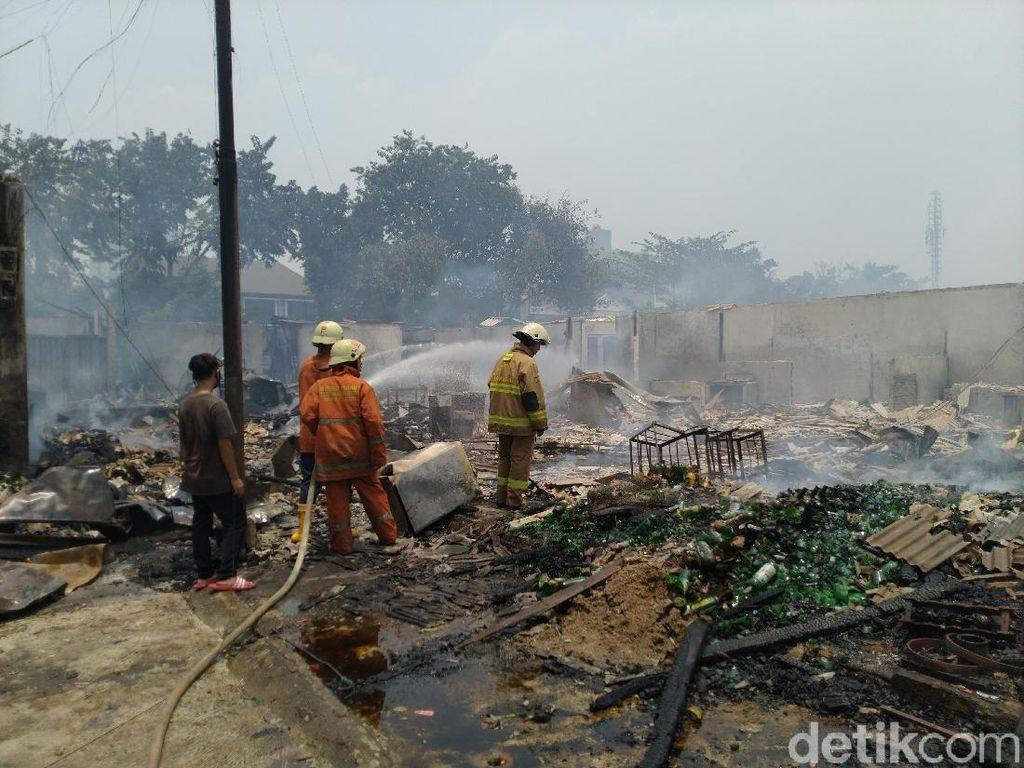 Video 672 Kios di Pasar Cempaka Putih Terbakar, Kerugian Rp 24 Miliar
