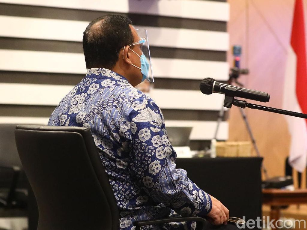 Video Komentar Komisi III Soal Sanksi untuk Firli Terkait Heli Mewah