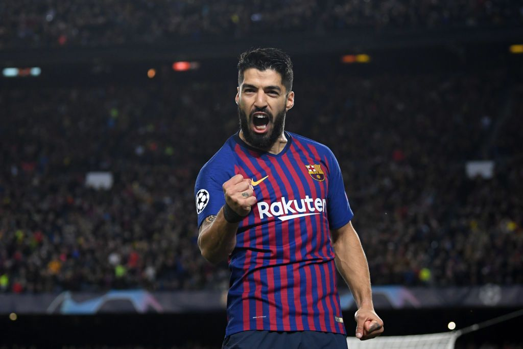 BARCELONA, SPAIN - FEBRUARY 07:  Luis Suarez of FC Barcelona celebrates after scoring the opening goal during the Copa del Rey semi-final second leg match between FC Barcelona and Atletico de Madrid at Camp Nou on February 7, 2017 in Barcelona, Spain.  (Photo by Alex Caparros/Getty Images)