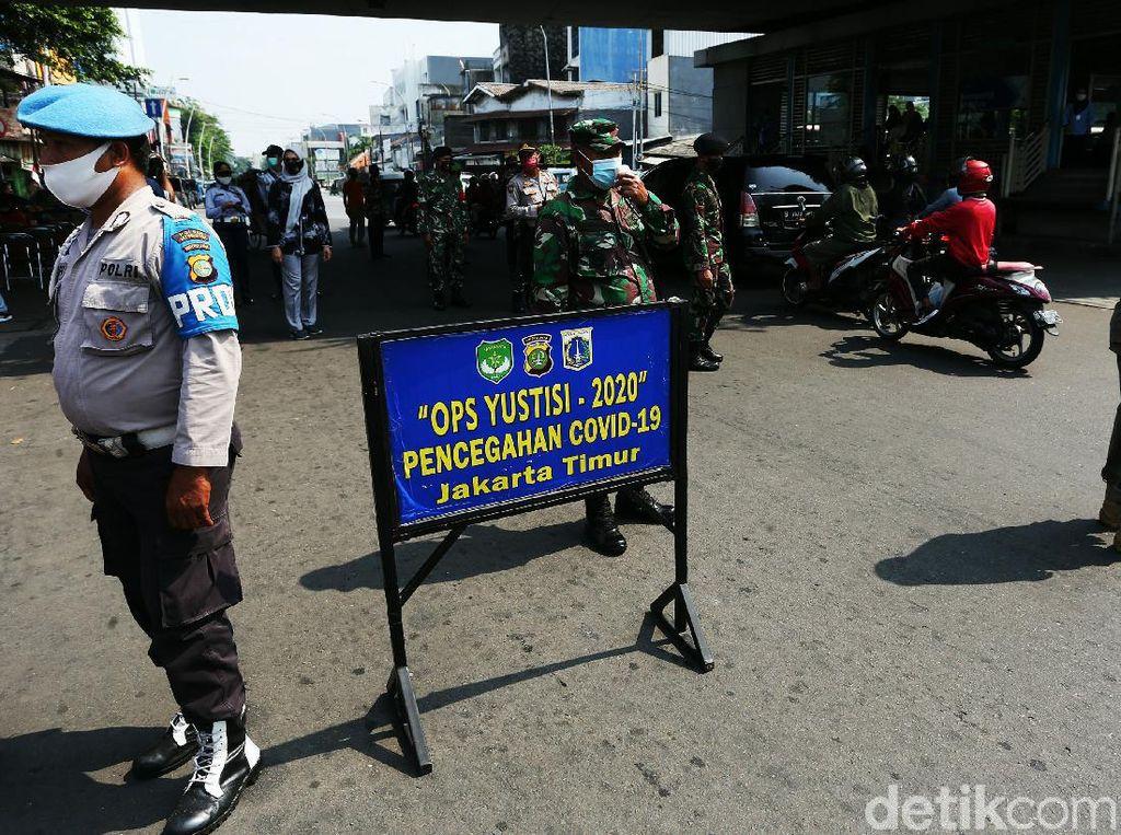Kisah Sedih di Balik Aksi Pemobil Tabrak Satpol PP di Operasi Yustisi