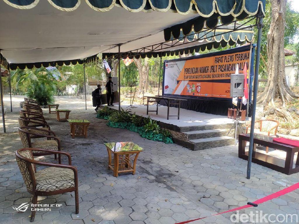 Eri-Armuji dan Machfud-Mujiaman Ambil Nomor Urut Pilwali Surabaya Hari Ini