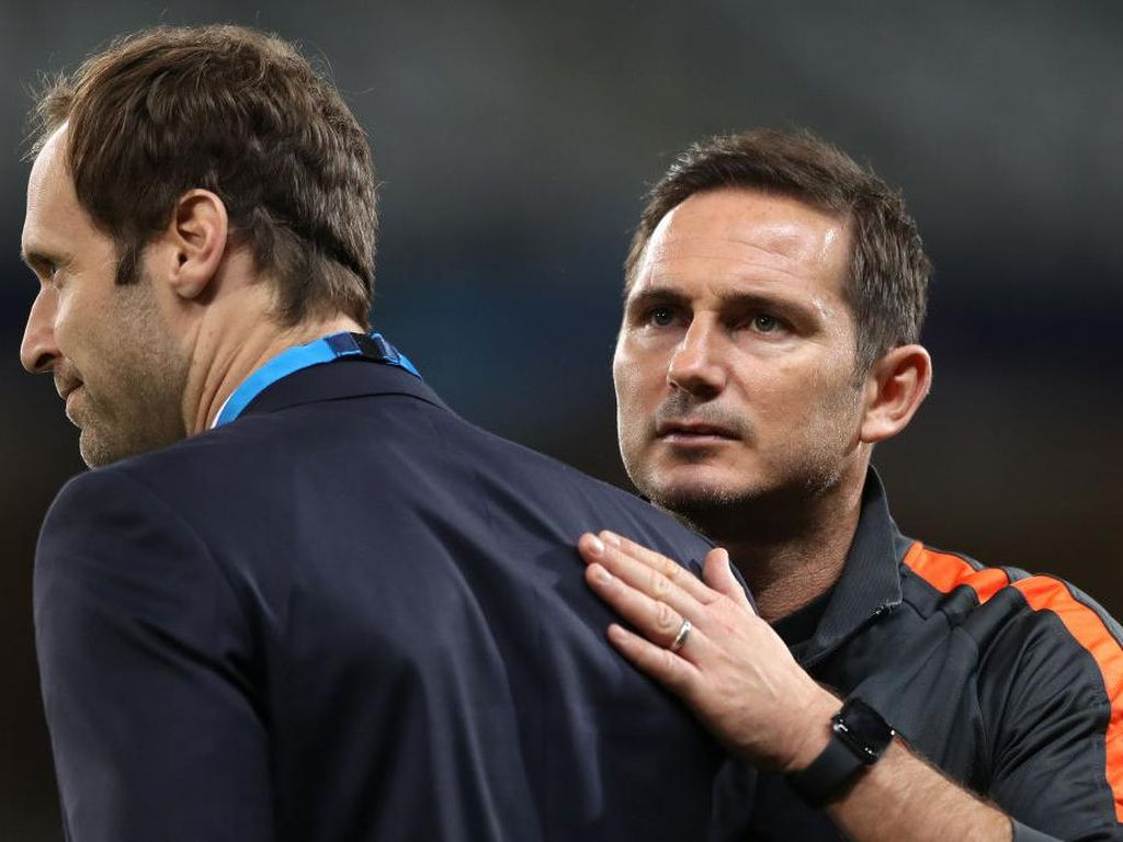 Sebelum Dipecat, Frank Lampard Ribut sama Petr Cech?