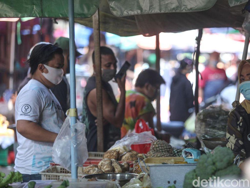 Jeritan Pedagang Pasar Saat PSBB Ketat Diperpanjang