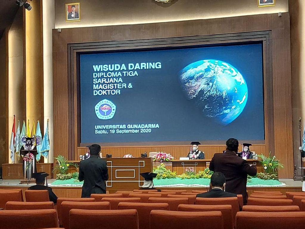 Universitas Gunadarma Gelar Wisuda Daring Lewat TV Digital Komunitas