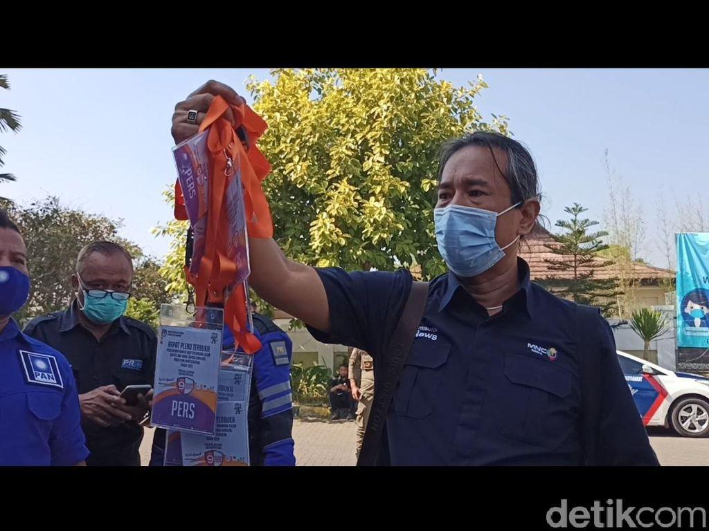 Pengundian Nomor Urut Paslon Pilbup Bandung Diwarnai Aksi Protes Wartawan