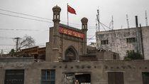 Miris, Banyak Masjid di Xinjiang yang Diubah Jadi Kafe dan Dihancurkan