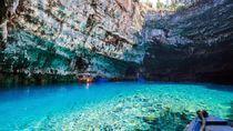 Danau Terbersih Dunia yang Ada di Bawah Tanah