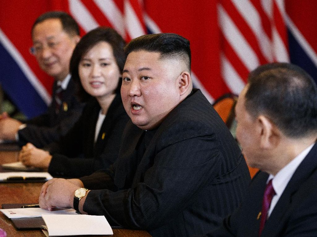 Korut Dilanda Kelaparan, Kim Jong Un Akan Hukum Warga yang Buang Makanan