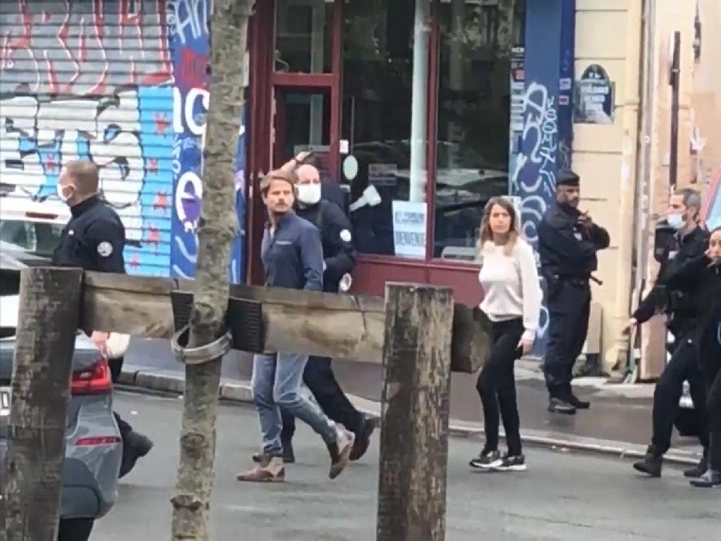 Video Penusukan di Dekat Eks Kantor Charlie Hebdo, 4 Orang Luka