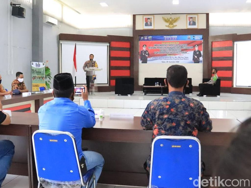 Polisi Ajak Warga Tuban Disiplin Protokol Kesehatan