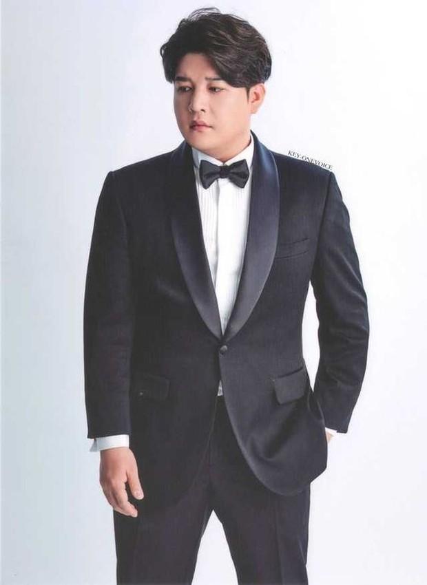 Shindong Super Junior pernah angkat bicara mengenai berat badan antara idol Kpop wanita dan pria.