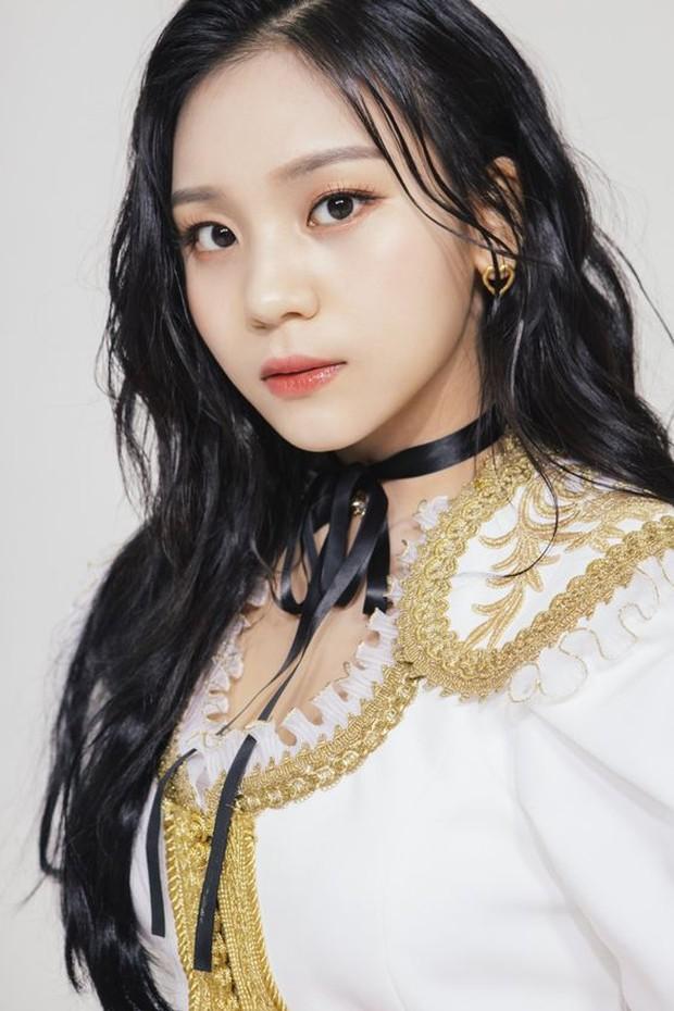 Netizen memang suka mengkrtik idol mengenai penampilan khususnya bentuk badan.