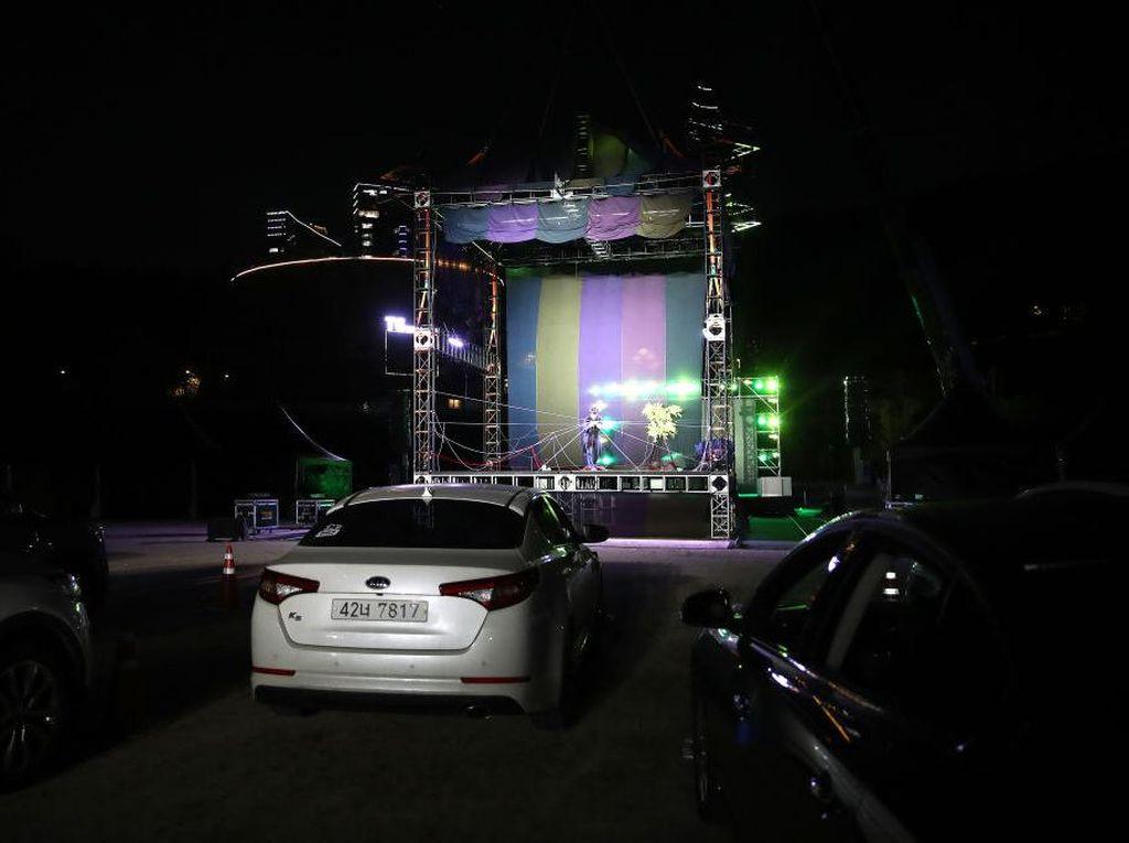 Nonton Sirkus Drive-In Jadi Wisata Akhir Pekan di Korsel