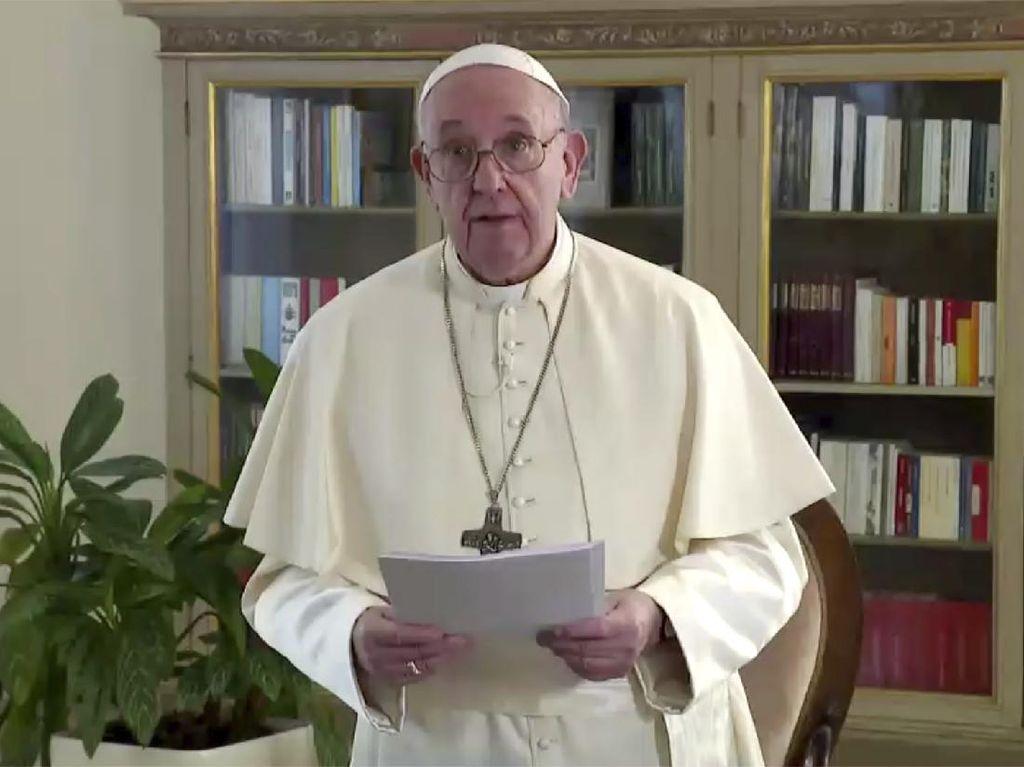Paus Dukung Persatuan Sipil Pasangan Sejenis, Demonstran Ultimatum PM Thailand