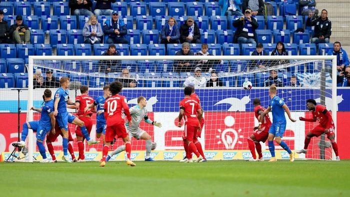 SINSHEIM, GERMANY - SEPTEMBER 27: Ermin Bicakcic of TSG 1899 Hoffenheim scores his sides first goal during the Bundesliga match between TSG Hoffenheim and FC Bayern Muenchen at PreZero-Arena on September 27, 2020 in Sinsheim, Germany. A limited number of fans have been let into the stadium as COVID-19 precautions ease in Germany. (Photo by Christian Kaspar-Bartke/Getty Images)