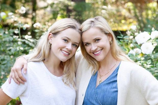 Jika ada kompetisi anak-ibu yang mirip, sepertinya Ava Elizabeth dan Reese Witherspoon akan memenangkannya.